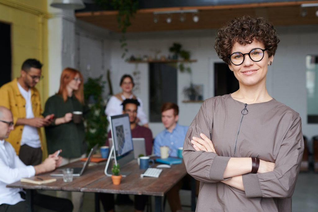 What are 10 characteristics of a good leader?